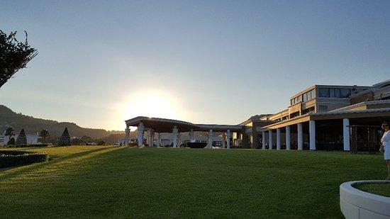 La Marquise Luxury Hotel Resort: La Marquise Luxury Resort Complex