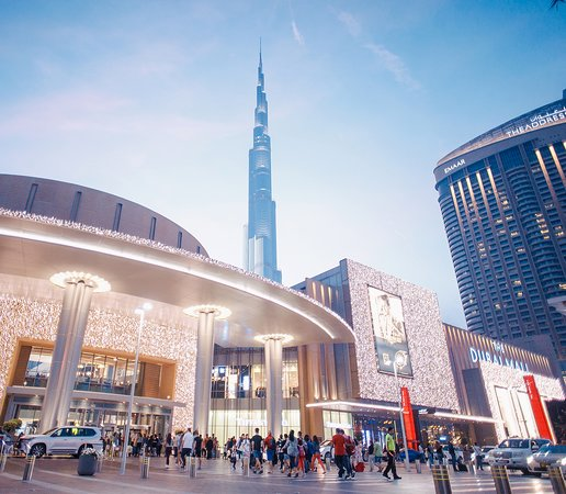 Enjoy an unforgetable shopping experience in Dubai Mall