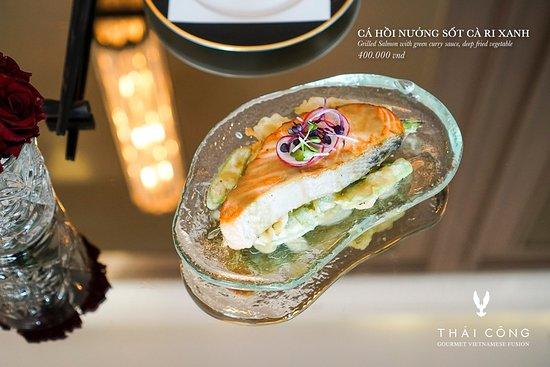 Thai Cong Interior Design & Restaurant: Excellent taste and beautiful presentation in the luxurious interior space THÁI CÔNG