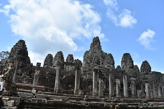 Jayakiri Angkor Travel & Tours: Bayon temple