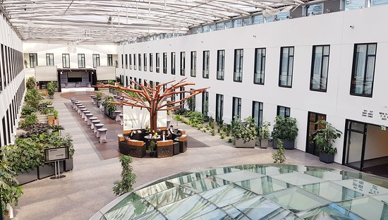 Good Modern Hotel Convenient To Tegel Airport And Tubes Into