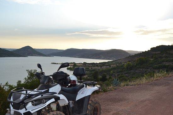 Quad Biking: Randonnée en quad autour du lac du Salagou