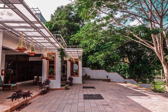 Mekosha Trivandrum Ayurveda Spasuites Retreat: Dining
