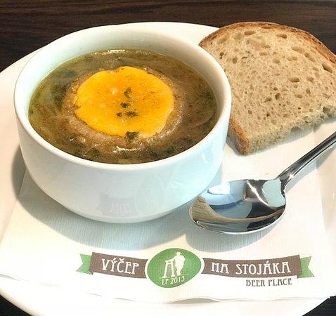 Vycep Na stojaka Anglicka: Cibulová polévka
