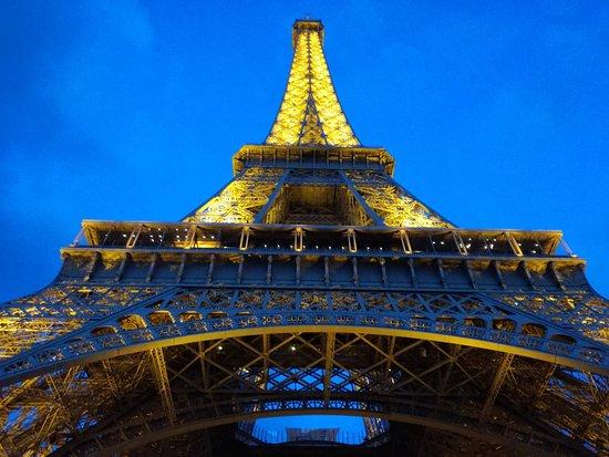 Eiffel Tower: Eiffel at Night