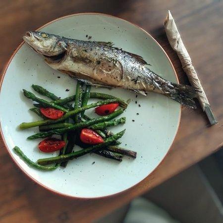 Crouton Restaurant and Bar: Ну как же без рыбки на море!