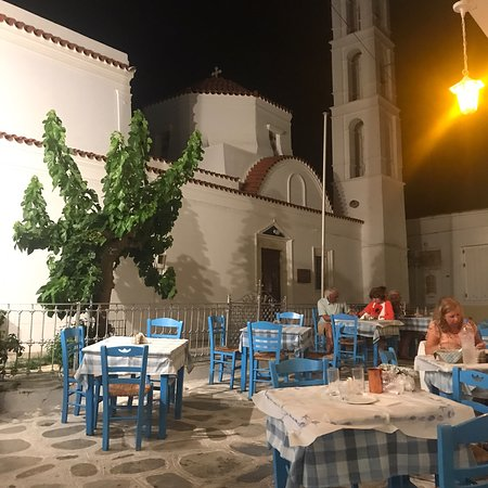Malamatenia: Très bon restaurant à Tinos, cuisine de qualité
