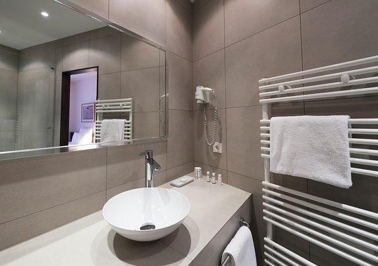 Design Hotel Stadt Rosenheim: Bad Komfort-Plus-Einzelzimmer
