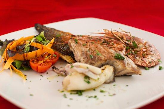 La Bona Osteria: Grigliata mista di Pesce.