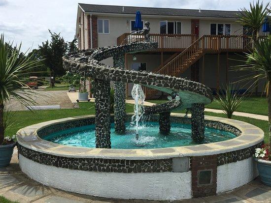 Breezeway Resort: Prototype waterslide? (-:
