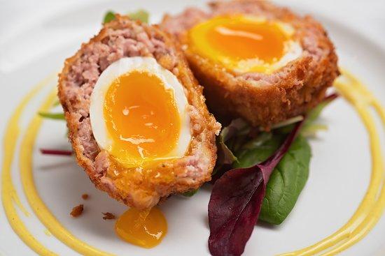 Paulerspury, UK: Our famous Scotch Egg