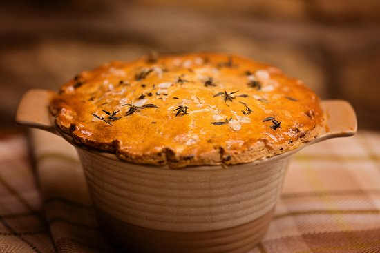 Paulerspury, UK: Shortcrust pastry pie, baked to order, fresh out the oven