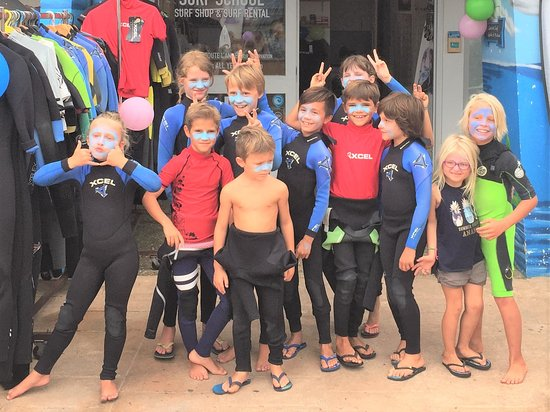 Boardingmania Surf School: kids lesson