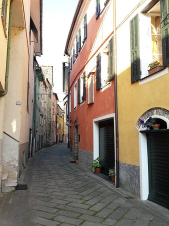 Borgomaro, Itália: 20180620_192719_large.jpg