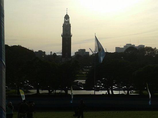 Plaza San Martin: Plaza San Martìn en Barrio de Retiro: Vista a la Torre Monumental- Bs.As. 2018.