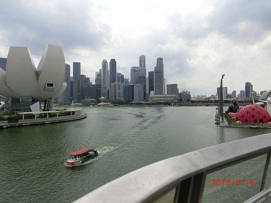Marina Bay: ヘリックス橋から