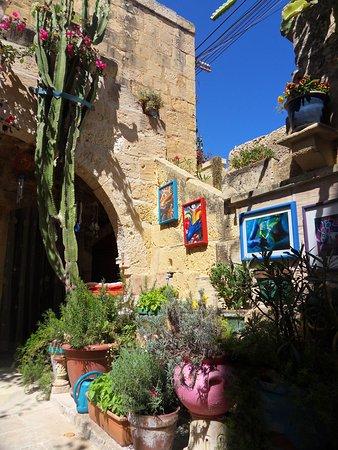 Zebbug, Malte: Courtyard of Farmhouse gallery.