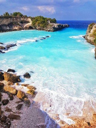 Valokuva: Blue Lagoon Cliff Jump