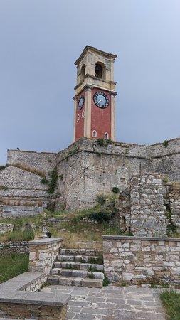 Old Fortress Corfu: Вид на башню с часами