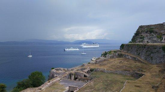 Old Fortress Corfu: Панорама с крепостной стены