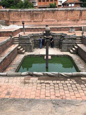 Площадь Дурбар - Бхактапур: Temple area
