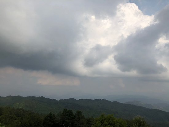 Nagarkot View point tower: clouds