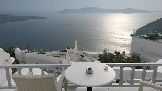 Santorini View Studios: Blick vom Balkon