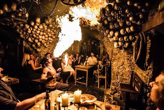 Tavern U Krale Brabantskeho: U Krále Brabantského - fire show