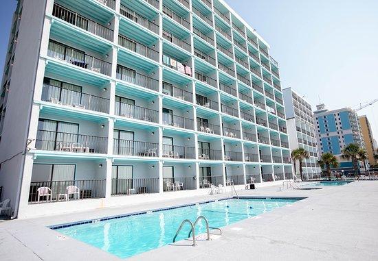 Tropical Seas Hotel: Pool & Hot Tub