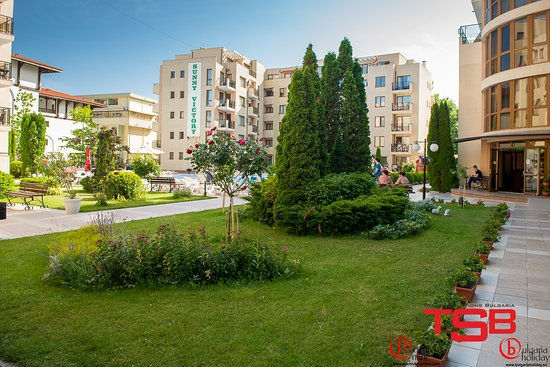 TSB Sunny Victory Apartments: garden area