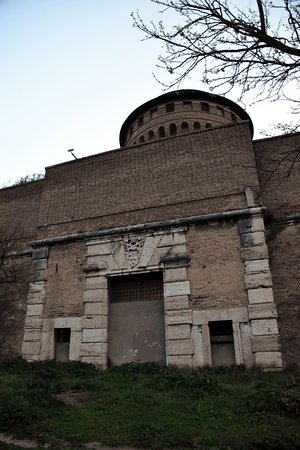 Porta Pertusa