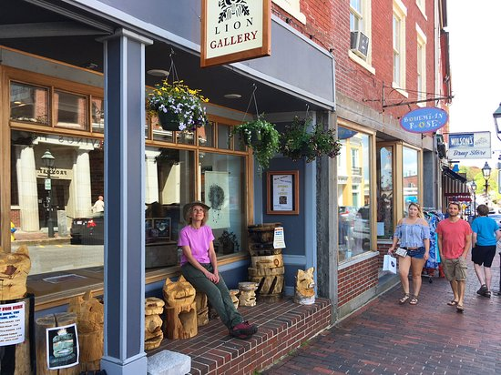 104 front street in the heart of historic downtown bath バース