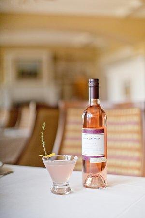 The Winery Restaurant at Peller Estates: Wine Cocktails at The Winery Restaurant