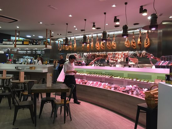Restaurante DBandera: You can eat in?