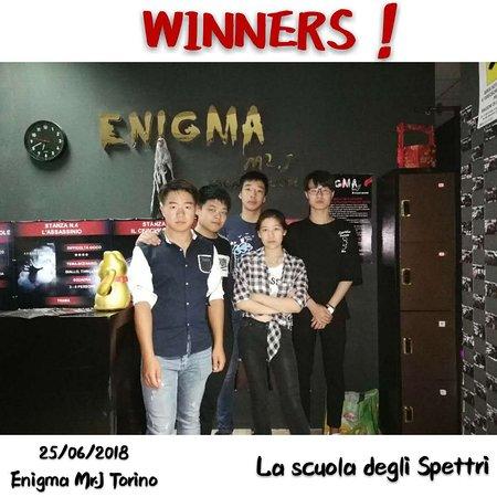 """Enigma Mr. J Escape Room: WINNERS!  della stanza  """"LA SCUOLA DEGLI SPETTRI""""!"""