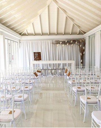 OCEANZ Boutique Hotel Aruba: Ceremony set-up