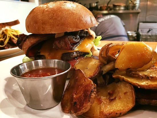 The Flying Apron Inn & Cookery: Our Flying Apron Burger is available with salad or pan-fried potatoes, and is always delicious!