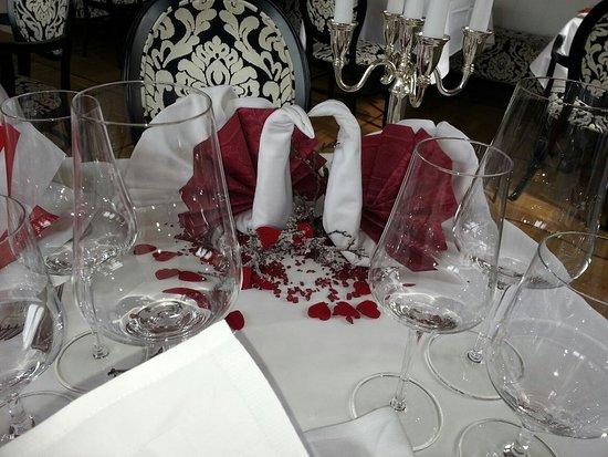 Restaurant & Hotel Schoene Aussicht Dresen: Romantik pur