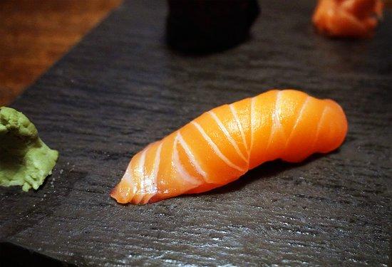 Izakaya NoMad: Salmon Sushi
