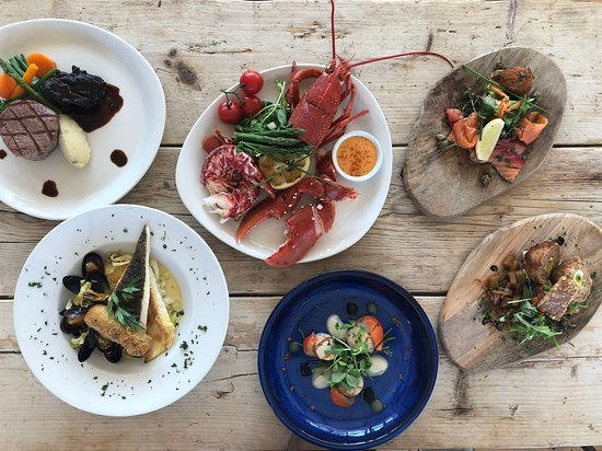 Stoke Fleming, UK: Fillet beef, Grilled Lobsters, Trio of salmon, Pan Roasted Brixham Plaice, Scallops, Scotch Egg