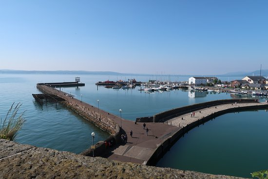 Carrickfergus Castle: Looking out from the walls