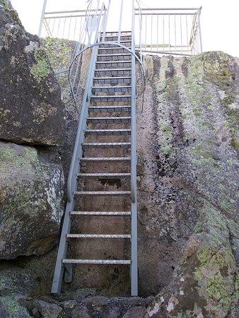Genoa, Australia: Ladder to top