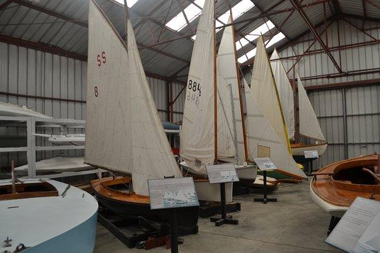 Long Island Maritime Museum: many boats in hangar