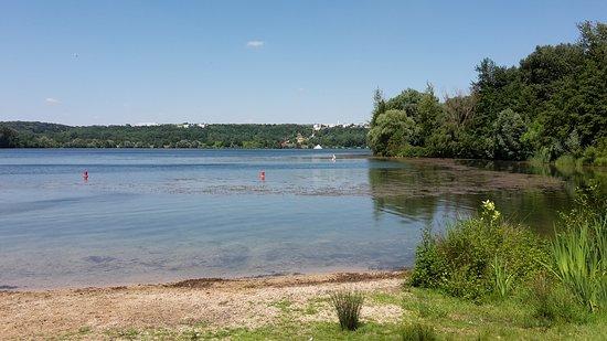 Cergy, France: Un des étangs
