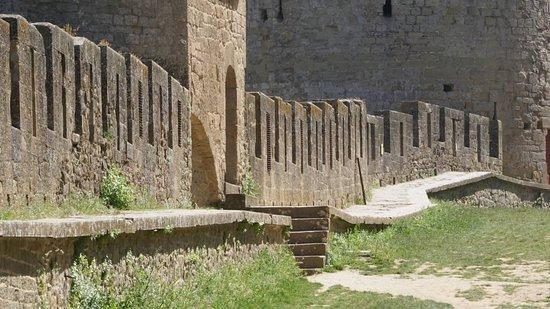 Historic Fortified City of Carcassonne: Muralhas da Cidadela de Carcassonne