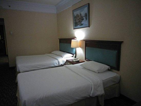 Royal Benja Hotel: In the room