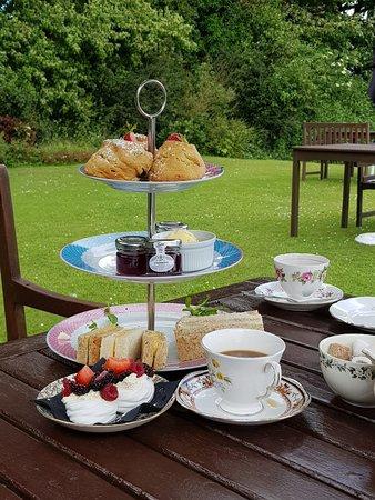 Little Weighton, UK: Tea Time !