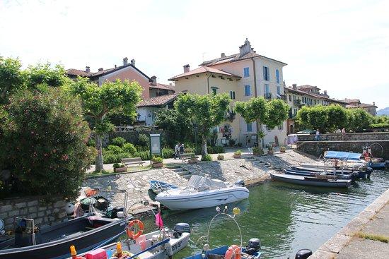 Island of the Fishermen (Isola dei Pescatori): foto 2