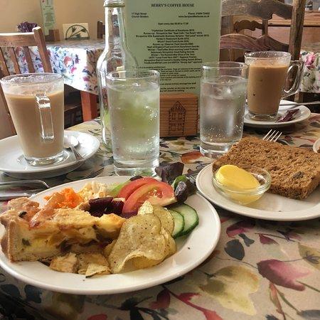 Berry's Coffee House: photo1.jpg