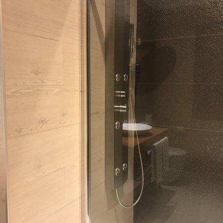 Os Olivos: Habitación y baño perfectos!